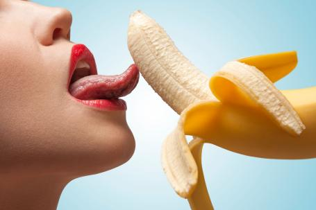 banana licking